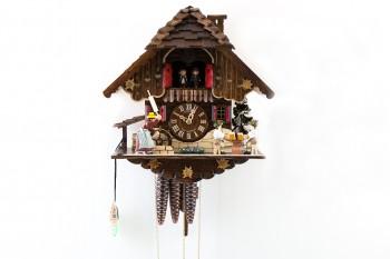 1 Tag-Werk  Schwarzwaldhaus Kuckucksuhr mit Nudelholz-Frau, Biertrinker, Mühlrad, Musik und Tänzer