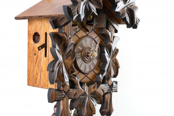 8 Tage- Uhrwerk Schnitzerei mit Laub und Vogel
